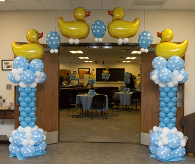 Baby boy shower balloon decorations for Baby shower balloons decoration