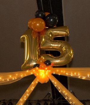 Quinceanera balloon decorations quincenetta tulsa ok for Balloon decoration for quinceanera